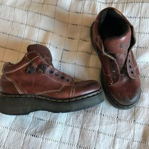 Wide doc martens leather shoes